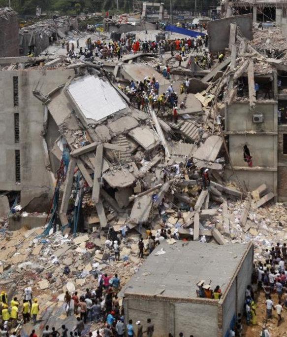 zoom sur effondrement Rana Plaza