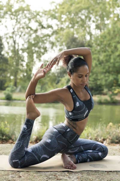 yoga en ensemble gayaskin l equivoque